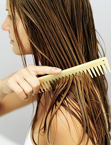 hair care tip, brushing hair, combing hair, asian, beautiful women, Lao fo ye, Singapore, Destination, Top tips, how to, where is, best place